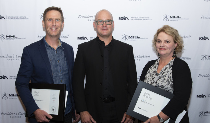 NZILA President Brad Coombs (centre) with new fellows Ralph Johns and Jacky Bowring at the cocktail event in Auckland.